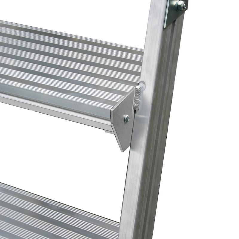 Scara cu podest mobila, cu trepte pe o parte (7 trepte)